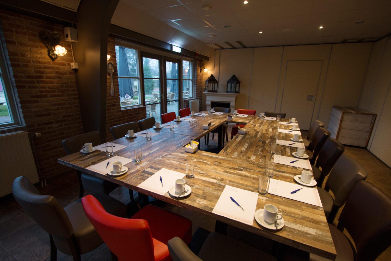 Vergaderen bij Restaurant 't Binnenhof in Paasloo Overijssel (bij Steenwijk)