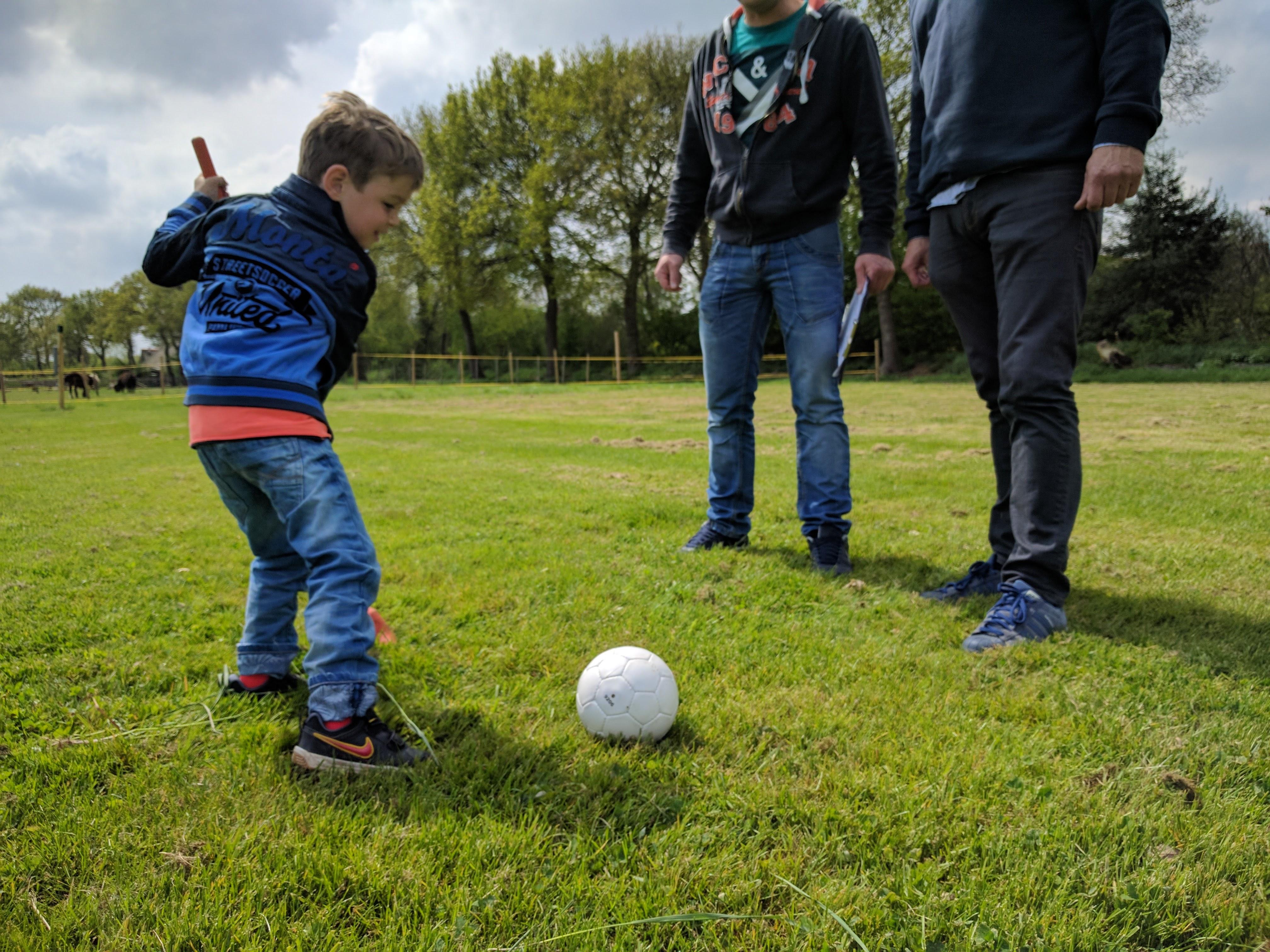 Kinderactiviteiten Overijssel - Boerengolf in Paasloo (nabij Steenwijk)