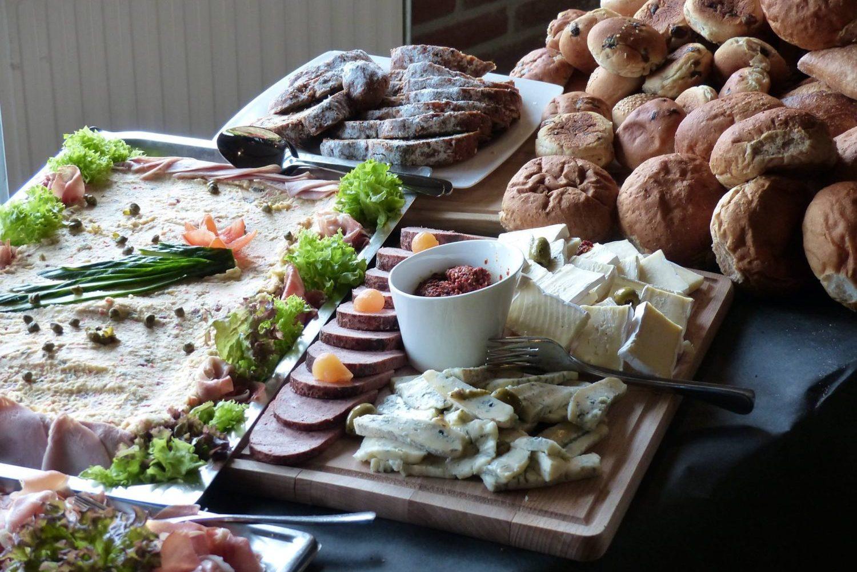 Buffet restaurant 't Binnenhof Paasloo Overijssel - Lunch buffet of diner buffet