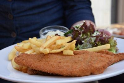 Schnitzel - Frites - Restaurant 't Binnenhof Paasloo