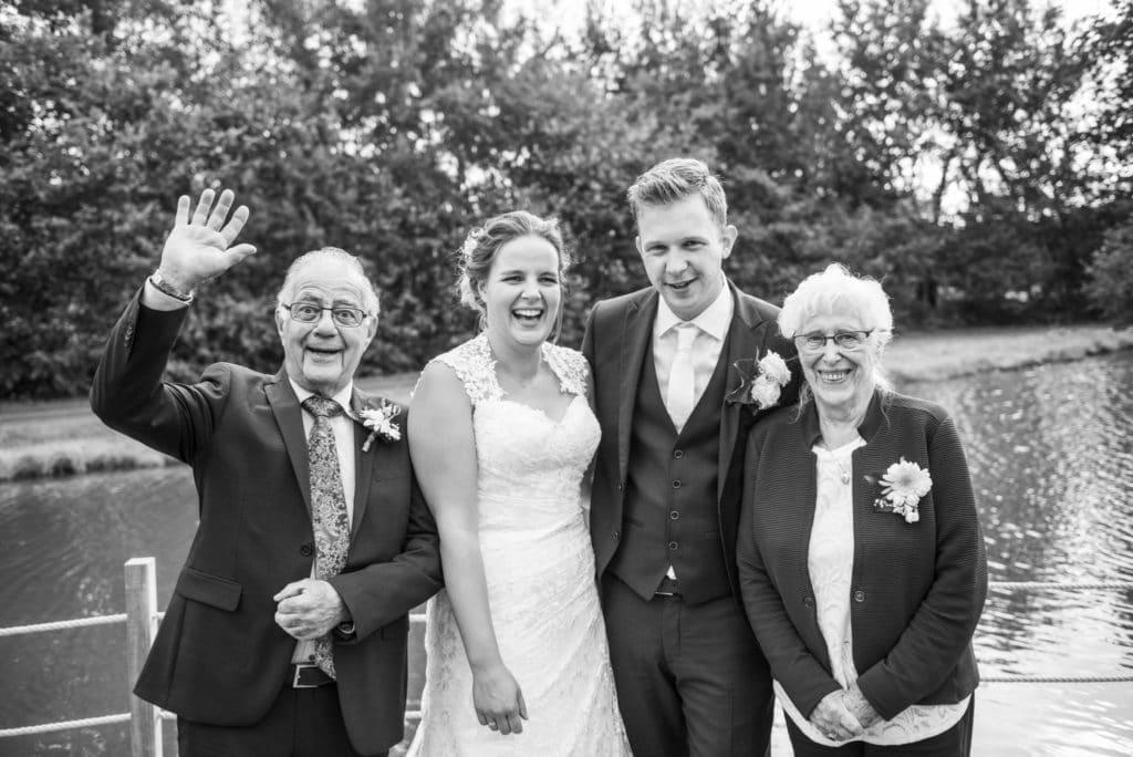 trouwen-bruiloft-binnenhof-paasloo